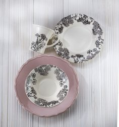 Savannah Dinnerware by Euro Ceramica in pink is a can't miss addition to any home decor or table setting. This sweet, delicate shade of pink brings back childhood and lightens the mood at any holiday party Pink Dinner Plates, Kitchen Dinning Room, Cereal Bowls, Salad Plates, Floral Motif, Earthenware, Savannah Chat, Dinnerware, Decorative Plates