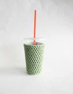 medium coffee cozy. Crochet coffee cozy. Green cup by SalemStyle