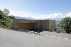 Haus DB Klaus — ARCHITEKTUR Jürgen Hagspiel House On A Hill, My House, Concrete Wood, Cabana, Outdoor Furniture, Outdoor Decor, Architecture Details, Beverly Hills, Villa