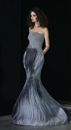 Stephane Rolland - via @Kenny Milano #idemtikosay layers dress fenomenal!!!