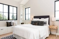 A Calm Contemporary Home in Northern California Tiny Bedroom Design, Interior Design Gallery, Group Photography, Local Architects, Bedroom Bed, Bedrooms, Contemporary Bedroom, Northern California, Studio