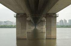 Get Lost in the Trippy Geometry of Seoul's Endless Bridges | Seogang Bridge…