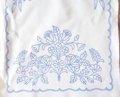 Hungarian Embroidery Stitch Hungarian Kalocsa Doily Pattern DIY New for Hand Embroidery Large Runner Chain Stitch Embroidery, Cross Stitch Fabric, Embroidery Stitches, Embroidery Patterns, Quilling Patterns, Doily Patterns, Craft Patterns, Embroidery Neck Designs, Embroidery Transfers