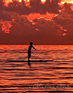 Sunset SUP (Stand up paddle boarding)