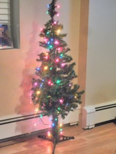Decorate your Home with this Beautiful Christmas Tree.   Buy Now this christmas tree in just 12.49$ @ Lamrod.org
