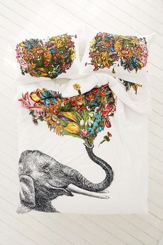 RococcoLA Happy Elephant Duvet Cover. FREAKING LOVE THIS!!