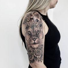 Amazing Lioness Tattoo - All Fashion Ideas Here! Wolf Tattoos, Mama Tattoos, Animal Tattoos, Body Art Tattoos, Girl Tattoos, Leo Lion Tattoos, Tattoos For Women Half Sleeve, Shoulder Tattoos For Women, Best Tattoos For Women