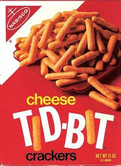 Nabisco Cheese Tid-Bit but not part of the crunch crowd snacks Retro Recipes, Vintage Recipes, Vintage Food, Vintage Ads, My Childhood Memories, Sweet Memories, 1970s Childhood, School Memories, 80s Food