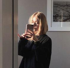 Aesthetic Photo, Aesthetic Girl, Aesthetic Pictures, Ft Tumblr, Tumblr Girls, Foto Mirror, Foto Casual, Instagram Pose, Selfie Poses