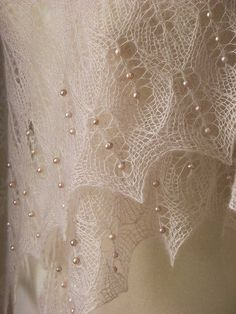 Beautiful  lace knitted shawl,knitted into it 162 real freshwater pearls.