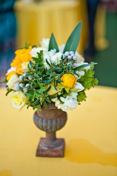 Yellow and White Centerpiece | photography by http://www.jenniferdery.com/