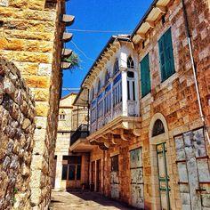 The Alleyway #lebanon #liban #lebanese #douma #arches #architect #architecture #heritage #triplearches #trifore #oldhouse #oldarchitecture #lebanesearchitecture #architecturelovers #savebeirutheritage #livetruelebanon #livelovebeirut #architectureporn #wearelebanon #mytravelgram #insta_lebanon #proudlylebanese #ig_leb #ig_lebanon #worldunion