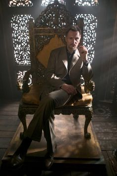 Ra's Al Ghul (Liam Neeson)