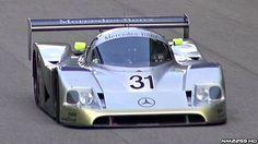 Biturbo-V8 und über 900 PS. Mit diesem Wagen fuhr Michael Schumacher 1990. Der Sauber Mercedes C11 war der Nachfolger des C9 (nachzulesen in Mercedes-Benz Renn-und Sportwagen seit 1894) und war ... weiterlesen