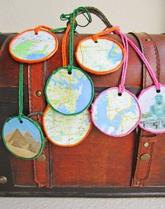 Grab the kiddos and craft map pendants! This is a great way to document the places they have traveled and/or the countries they would like to visit.