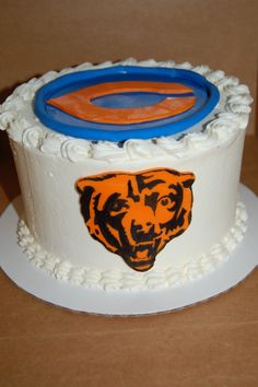 Pleasant 29 Best Chicago Bears Cakes Images Chicago Bears Cake Bear Funny Birthday Cards Online Fluifree Goldxyz