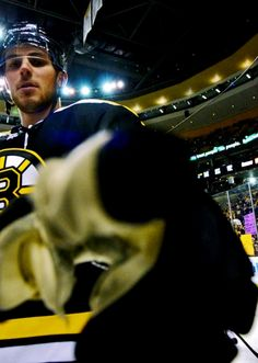 Boston Bruins center Tyler Seguin cleans a camera lens before a NHL game in Boston on April The Bruins beat the Panthers (Photo: Brian Fluharty) Hot Hockey Players, Nhl Players, Bruins Hockey, Hockey Teams, Hockey Stuff, Stars Hockey, Ice Hockey, Hockey Quotes, Tyler Seguin