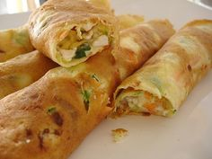 Vegetable crepes with cottage filling / Crepes de legumes com recheio de cottage by Patricia Scarpin, via Flickr