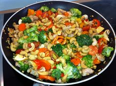 """Chilli Garlic Chicken & Veggies. No """"recipe"""" with this one but I love the ingredients. I'm betting it's just a simple sauté."""