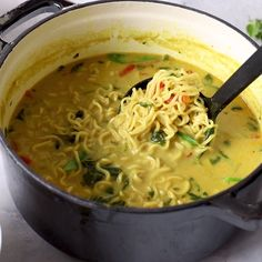 A warming vegetable soup loaded with warm curry powder, coconut milk and ramen noodles Coconut Curry Vegetable Soup with Ramen Noodles - A delicious coconut curry broth loaded with veggies and ramen and topped off with fresh squeezed lime Easy Soup Recipes, Casserole Recipes, Healthy Dinner Recipes, Vegetarian Recipes, Chicken Recipes, Cooking Recipes, Vegetarian Ramen, Healthy Soup, Coconut Curry Vegetarian