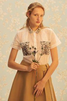 Suno Spring 2017 Готовые к износу Коллекция Фотографии - Vogue