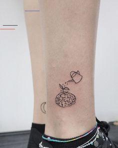 Mini Tattoos, Body Art Tattoos, Small Tattoos, Tatoos, Tattoo Ink, Modern Tattoos, Weird Tattoos, Diy Tattoo, Geometric Tattoos