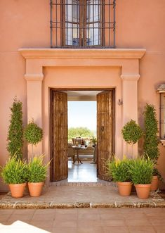 Situated In the Andalusian countryside, a farm house sits in a luxurious splendour with it's traditional architecture and clear green landscape. The house Exterior Colors, Exterior Paint, Style Toscan, Italian Chic, Italian Lifestyle, Italian Villa, Italian Style, Tuscan Style, Spanish Style