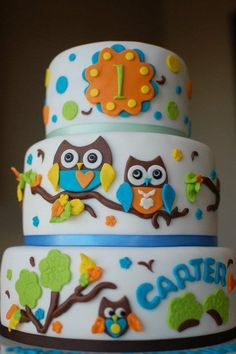 Owl Birthday Cake by TheSweetFlour. Do in girl colors maybe? Owl Cake Birthday, Themed Birthday Cakes, Themed Cakes, Twin Birthday, Baby Cakes, Owl Cakes, Cupcakes, Cupcake Cakes, Cake Pops