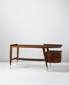 Designed by Gio Ponti Retro Furniture, Wood Furniture, Furniture Design, Gio Ponti, Mid Century Furniture, Furniture Inspiration, Mid Century Design, Bauhaus, Home Interior Design