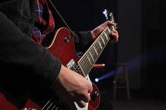 Photo By akd835 | Pixabay   #guitar #player #music #musicmonday #musiclove #musicphotographer #musicon #musicflow