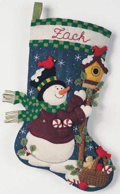A Guide to Christmas Party Games Felt Christmas Stockings, Christmas Stocking Pattern, Felt Stocking, Christmas Events, Christmas Party Games, Christmas Crafts, Christmas Preparation, Christmas Gifts For Women, Felt Ornaments