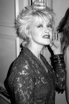 Cindy Lauper 80s, Cyndi Lauper, Women Of Rock, Just Love, Music Artists, Role Models, Business Women, Style Icons, Singers
