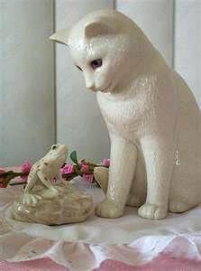 Lenox Cat & Frog; OdzBodz Auctions Online - Thousands of great items to buy right now. www.OdzBodz.com