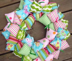 Fabric Tie Wreaths to Make | Julie Antinucci says: I need to make one of these!
