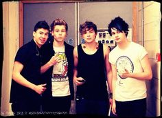 Fetus 5 Seconds of Summer 5SOS Ashton Irwin Luke Hemmings Calum Hood Michael Clifford