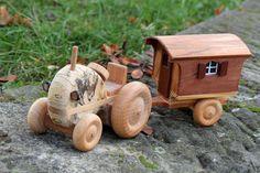 Tracteur avec la nouvelle charrette de berger