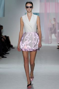 Christian Dior RTW Spring 2013, #17 / the skirt looks electrified!