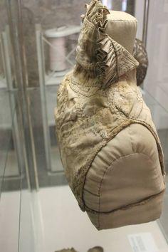 Gollar is located in the Hällische-Fränkische Museum in Schwäbisch… Elizabethan Clothing, Elizabethan Costume, Renaissance Costume, Renaissance Image, Renaissance Fashion, Historical Costume, Historical Clothing, 16th Century Clothing, Unique Photo
