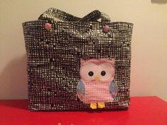 Owl shopping bag Paremman puutteeseen: Ommeltu kauppakassi Owls, Shopping Bag, Lunch Box, Owl, Bento Box, Tawny Owl, Shopping Bags