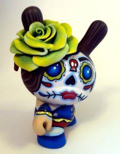 vinyl toys sugar skull sculpted roses