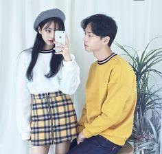 Korean Fashion Trends you can Steal – Designer Fashion Tips Matching Couple Outfits, Matching Couples, Cute Couples, Japanese Fashion, Asian Fashion, Layered Fashion, Korean Couple, Fashion Couple, Ulzzang Fashion