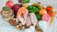 How high protein diet can help you lose weight; include these high protein foods Healthy Diet Tips, Healthy Weight Loss, Healthy Dinner Recipes, Diet Recipes, Eating Healthy, Cooker Recipes, Healthy Lifestyle, Protein Diets, High Protein Recipes