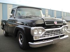 Ford : Other Pickups F-100 1960 FORD F-100 PICK-UP - http://www.legendaryfinds.com/ford-other-pickups-f-100-1960-ford-f-100-pick-up/