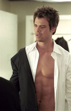Josh Duhamel in Win a Date with Tad Hamilton..