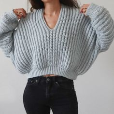 Super Slouchy Sweater Crochet pattern by Michelle Greenberg Baggy Pullover, Baggy Sweaters, Slouchy Sweater, Baggy Sweater Outfits, Cute Winter Sweaters, Sweater Cardigan, Basic Crochet Stitches, Crochet Basics, Knit Crochet