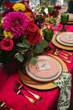 La Tavola Fine Linen Rental: Velvet Lipstick with Dylan Fern Napkins | Photography: Erin Witt Photography, Venue: Denver Botanic Gardens, Planning: Sweetly Paired, Florals: Indigo Flower Market, Rentals: Colorado Party Rentals