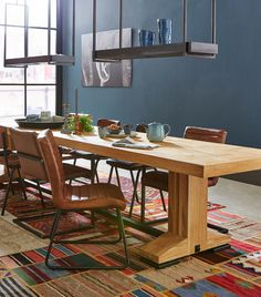 Dining Table, Living Room, Vs, House, Furniture, Middle, Design, Home Decor, Street