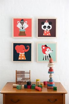 These adorable wooden frames are easy to hang and look super cute on the wall is a kids room. Inspired by Darling Clementine's work so much that Ferm Living j