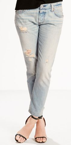 Wear these relaxed fit 501 CT Jeans from @levisbrand and earn 4.8% CASH BACK when you shop at DealAction!