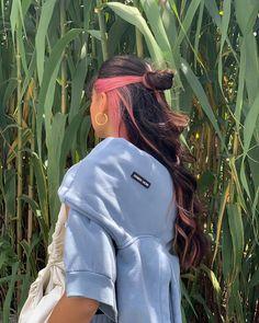 Hair Color Streaks, Hair Color Purple, Hair Dye Colors, Hair Inspo, Hair Inspiration, Cabelo 3c 4a, Hair Color Underneath, Dying My Hair, Coloured Hair